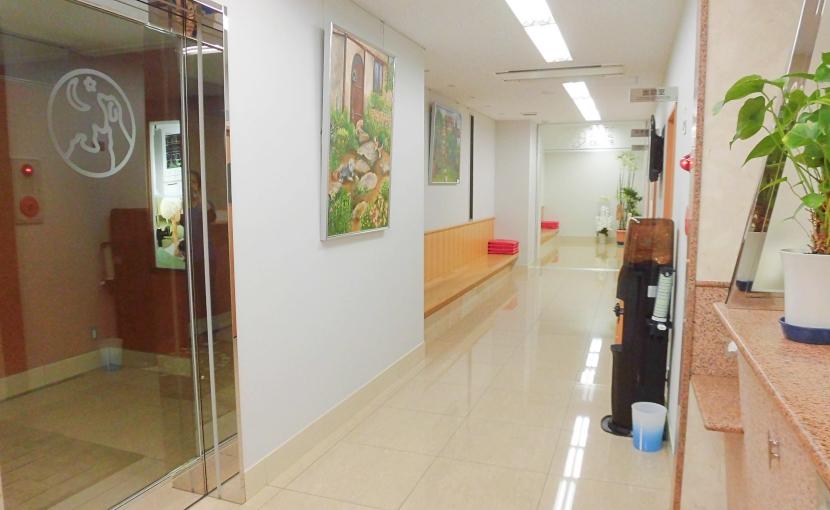 獣医画像センター受付待合室